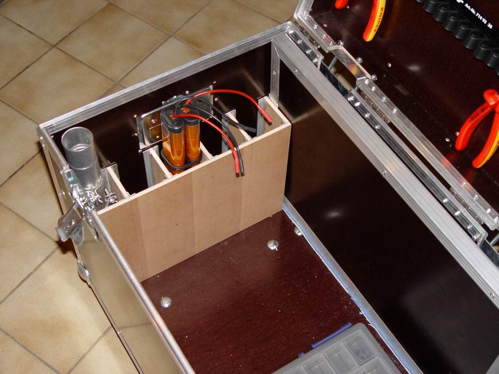 startbox flight case gro e ausf hrung. Black Bedroom Furniture Sets. Home Design Ideas